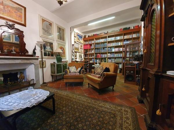 Riferimento 2L2539 - Villa in Vendita a Torre Del Lago Puccini