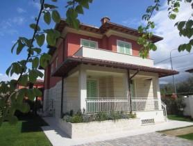 Riferimento BV659 - Villa Bifamiliare in vendita a