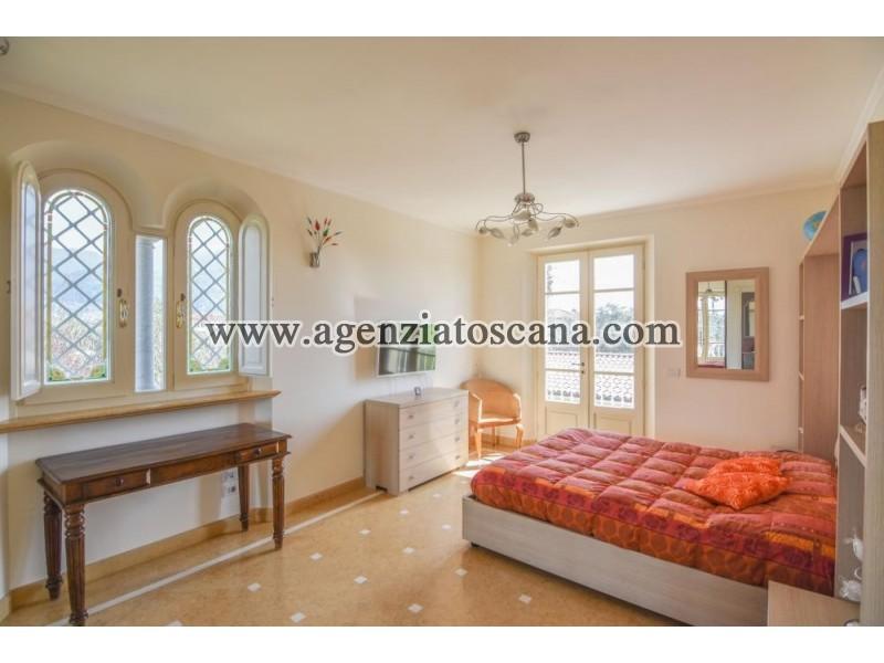 Villa With Pool for sale, Pietrasanta - Crociale -  20