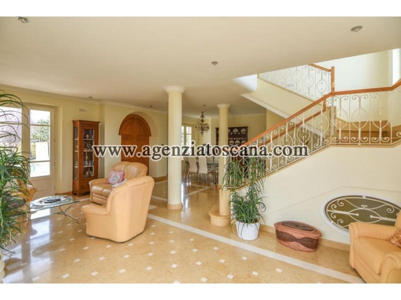 Villa With Pool for sale, Pietrasanta - Crociale -  14