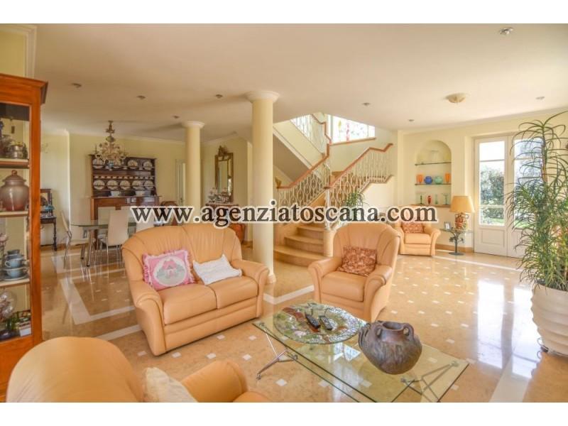 Villa With Pool for sale, Pietrasanta - Crociale -  15
