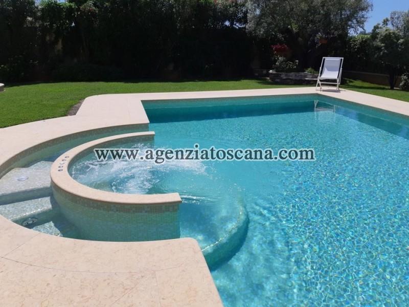 Villa With Pool for sale, Pietrasanta - Crociale -  3