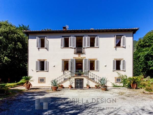 Villa Storica in vendita, Lucca