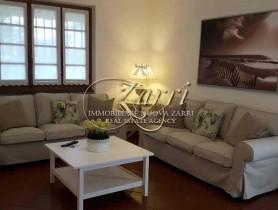 Riferimento BAF798 - Villa Bifamiliare in affitto a