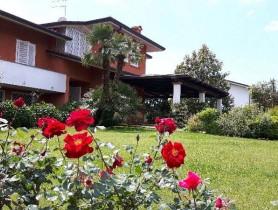 Riferimento VAF649 - Villa in affitto a