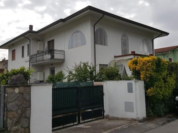 Appartamento in vendita, Montignoso