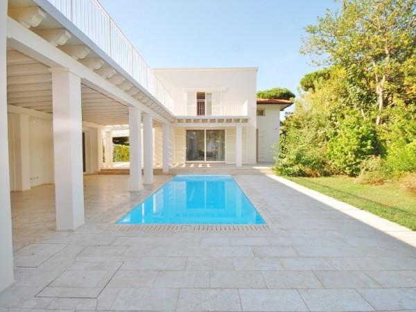 Riferimento LT 1004 Villa Victory - Villa Singola in Affitto a Marina Di Pietrasanta
