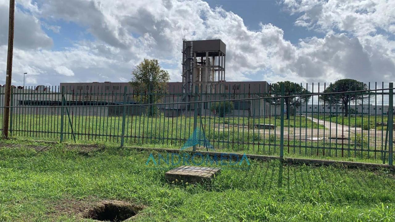 Foto - Vendesi Capannone Industriale Zona Asi Pascarola