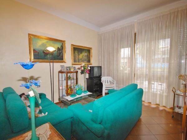 Riferimento WA 15358 - Appartamento in Vendita a Marina Di Pietrasanta