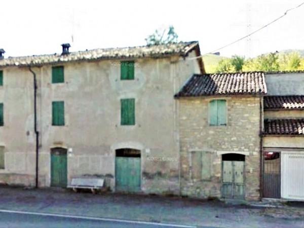 Riferimento AV45 - Casale in Vendita a Neviano Degli Arduini