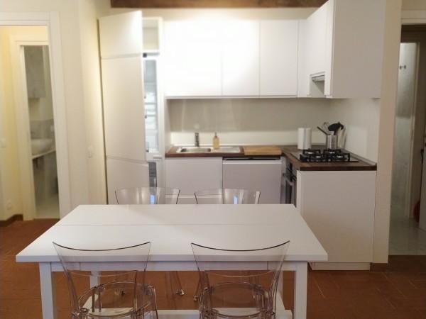 Riferimento 2155 - Appartamento in Affitto a Pietrasanta