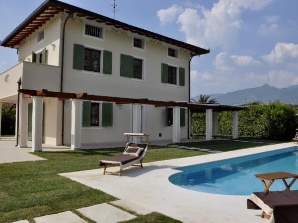 Riferimento Villa gli agrumi - Villa in Affitto a Forte Dei Marmi