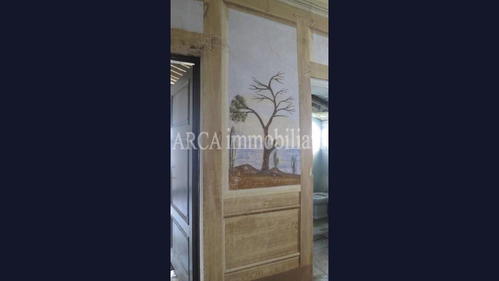 Stabile - Palazzoin Vendita, Camaiore - Centro Storico - Riferimento: A2716