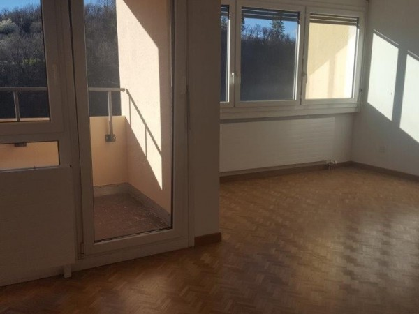 Riferimento 597 - Appartamento in Vendita a Pazzallo