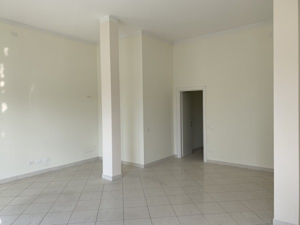 Ufficio in vendita, Camaiore, Lido di Camaiore