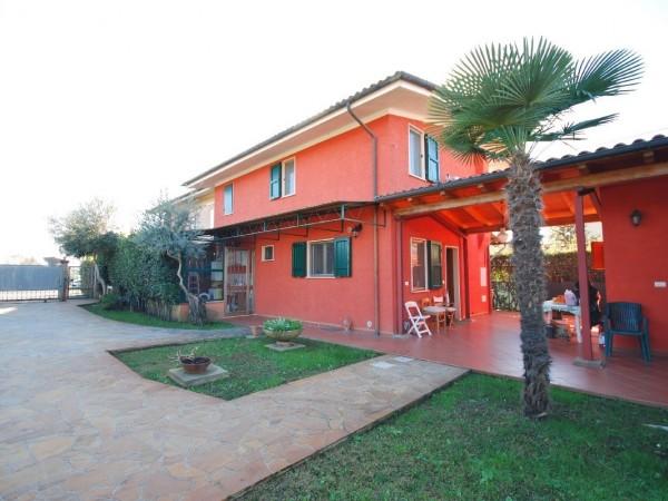Riferimento WA 15364 - Villa Bifamiliare in Vendita a Marina Di Pietrasanta