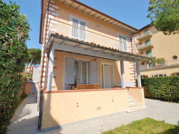 Riferimento WA 15365 - Appartamento in Vendita a Marina Di Pietrasanta