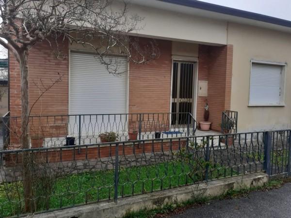 Riferimento 2M2553 - Casa Indipendente in Vendita a Torre Del Lago Puccini