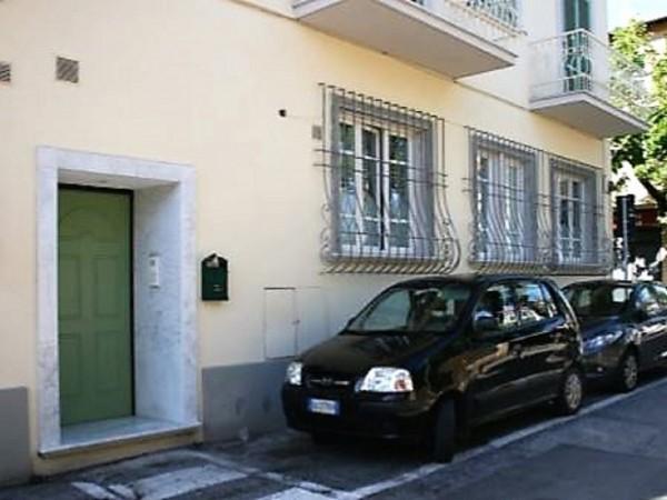 Appartamento Indipendente in vendita, Forte dei Marmi, centro