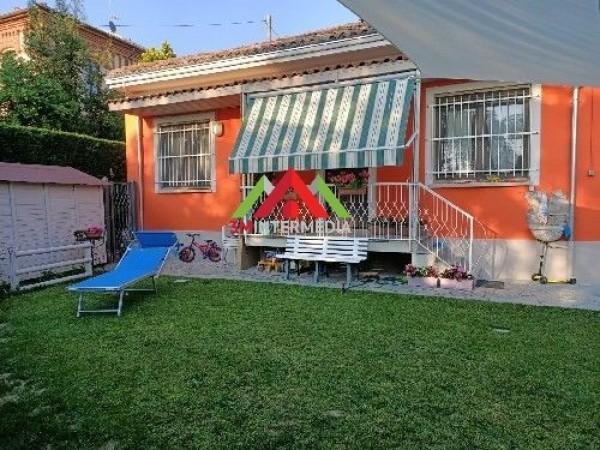 Riferimento 572C - Casa Semi Indipendente in Vendita a Valle San Bartolomeo