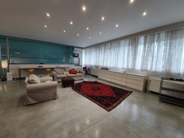 Riferimento L1W1500 - Appartamento in Affitto a Viareggio