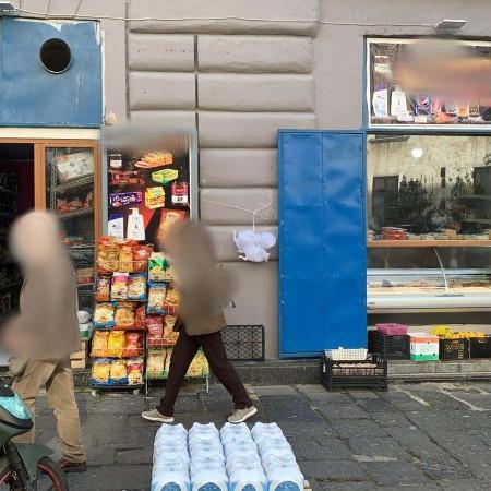 Vendesi Locale Napoli