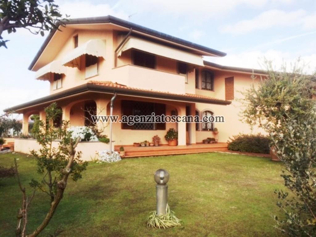 Villa in vendita, Forte Dei Marmi -  0