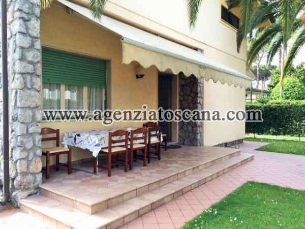 Villa Bifamiliare in affitto, Montignoso - Cinquale -  2