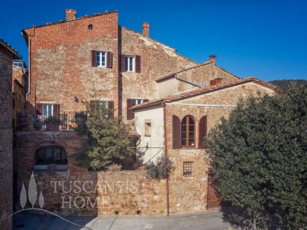 Reference CS468 - Town House for Sale in Castelmuzio