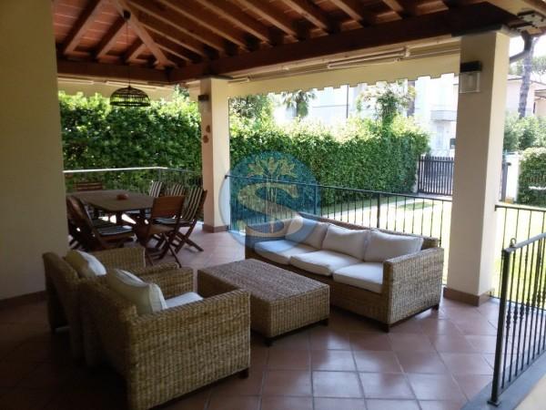 Riferimento SA016 - Villa in Affitto a Pietrasanta - Marina di Pietrasanta