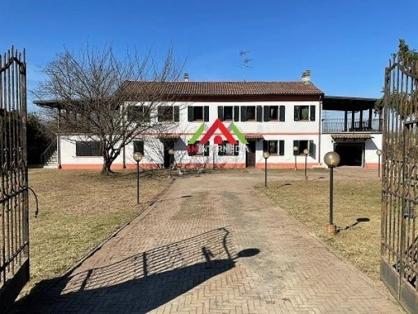 Riferimento 591C - Casa Indipendente in Vendita a Alessandria
