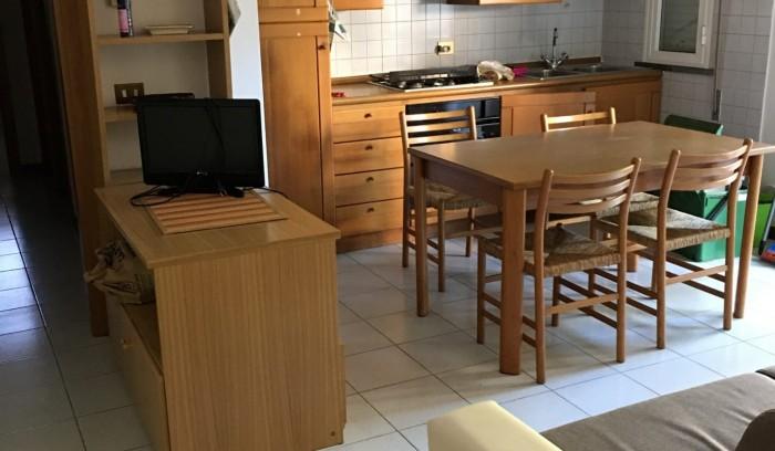 Riferimento AL174C - Appartamento in Affitto a Lido Di Camaiore