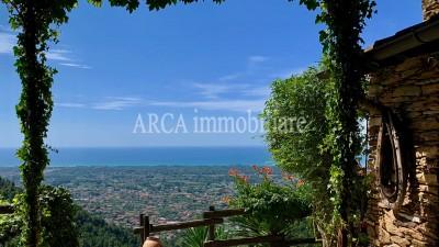 Rusticoin Vendita, Montignoso - Collina - Riferimento: 3014