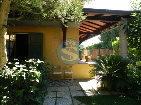 Reference SA128 - Detached House for Rentals in Forte dei Marmi