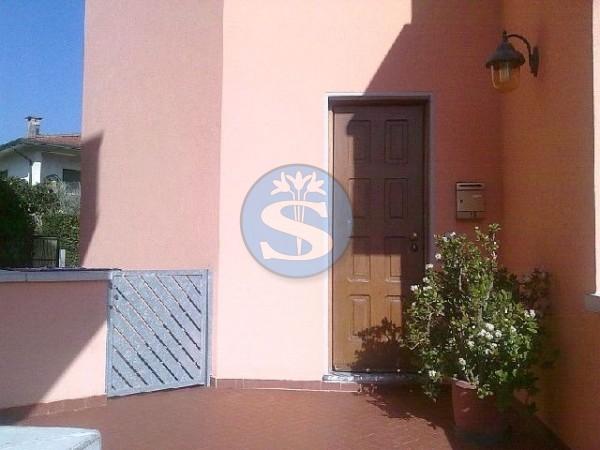 Reference SA142 - Detached House for Rental in Marina Di Pietrasanta