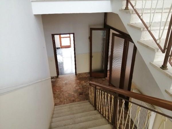 Riferimento LI1053 - Villa Singola in Vendita a Capraia E Limite