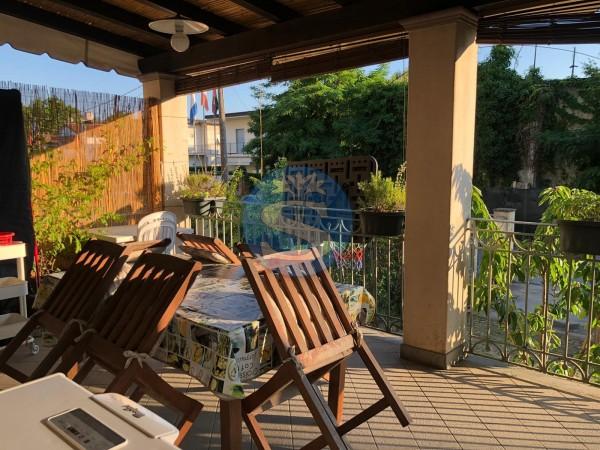 Riferimento SA18 - Villa in Affitto a Pietrasanta - Marina di Pietrasanta