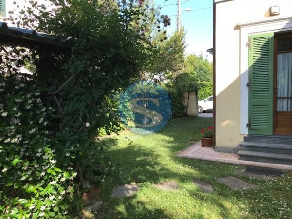 Reference SA30 - Villa for Rent in Marina Di Pietrasanta