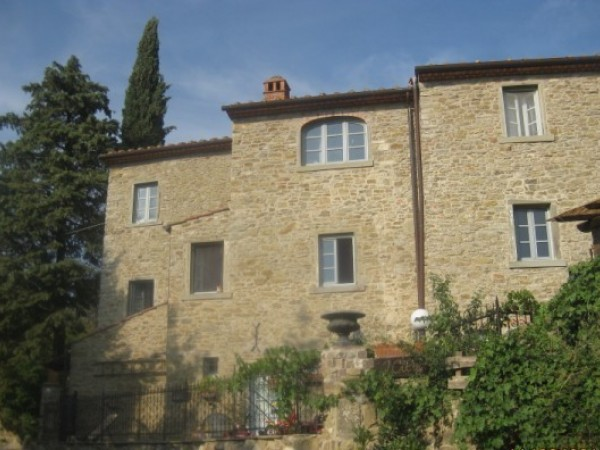 Reference VC272 - Farmstead for Sale in Arezzo