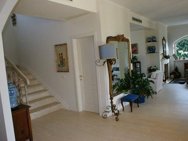 Riferimento SAR517Q - villa in Affitto Estivo in Forte Dei Marmi