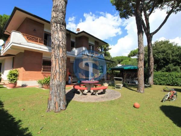 Reference SA524 Marcella - Villa for Rentals in Forte dei Marmi