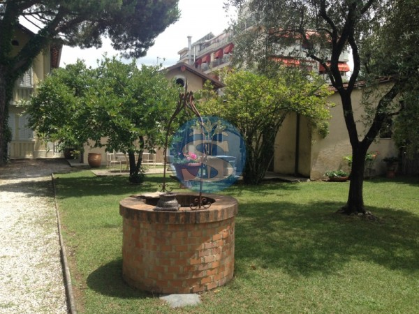Reference SA44 - Detached House for Rent in Marina Di Pietrasanta