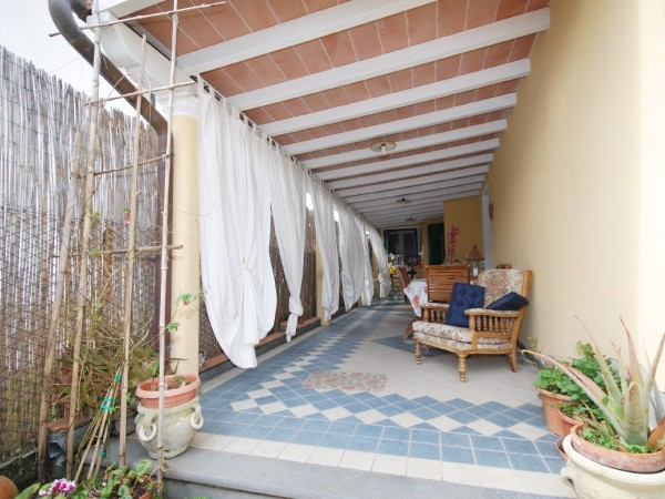 Riferimento WA 15384 - Casa Semi Indipendente in Vendita a Marina Di Pietrasanta