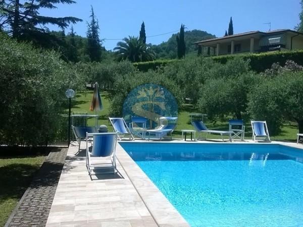 Riferimento SA49 - Villa in Affitto a Camaiore
