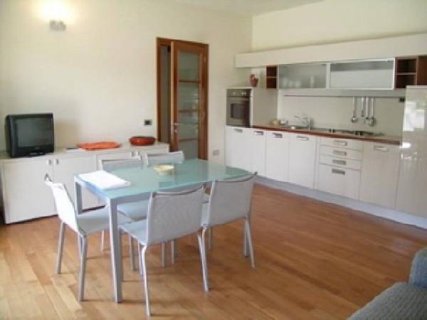 Riferimento SA64 - appartamento in Affitto Estivo in Pietrasanta - Marina Di Pietrasanta