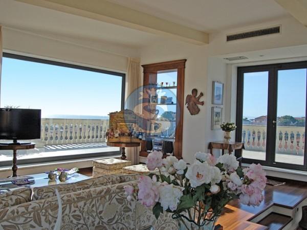 Riferimento SA317 - Appartamento in Affitto a Marina Di Pietrasanta