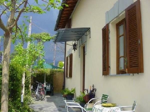 Riferimento SA80 - villa in Affitto Estivo in Pietrasanta - Marina Di Pietrasanta