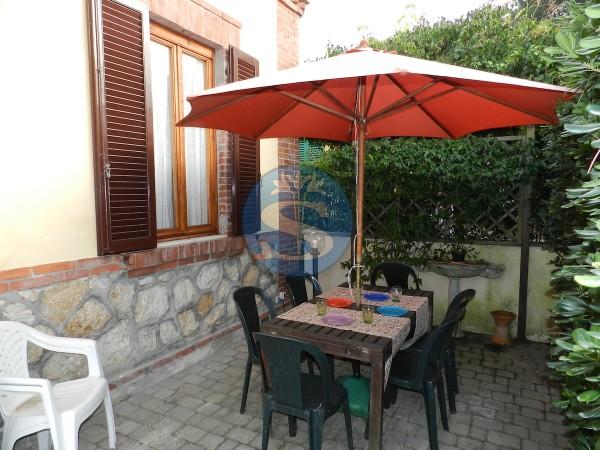 Riferimento SA281 - Villetta in Affitto a Marina Di Pietrasanta