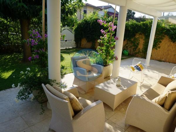 Riferimento SA87 - Villa in Affitto a Marina Di Pietrasanta
