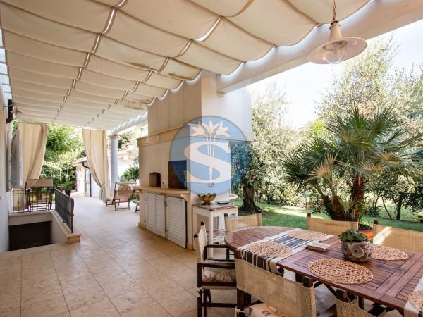 Riferimento SA95 - Villa in Affitto a Pietrasanta - Marina di Pietrasanta